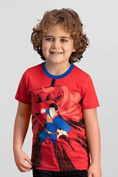 Superman  Lisanslı Krem Erkek Çocuk T-Shirt Kırmızı